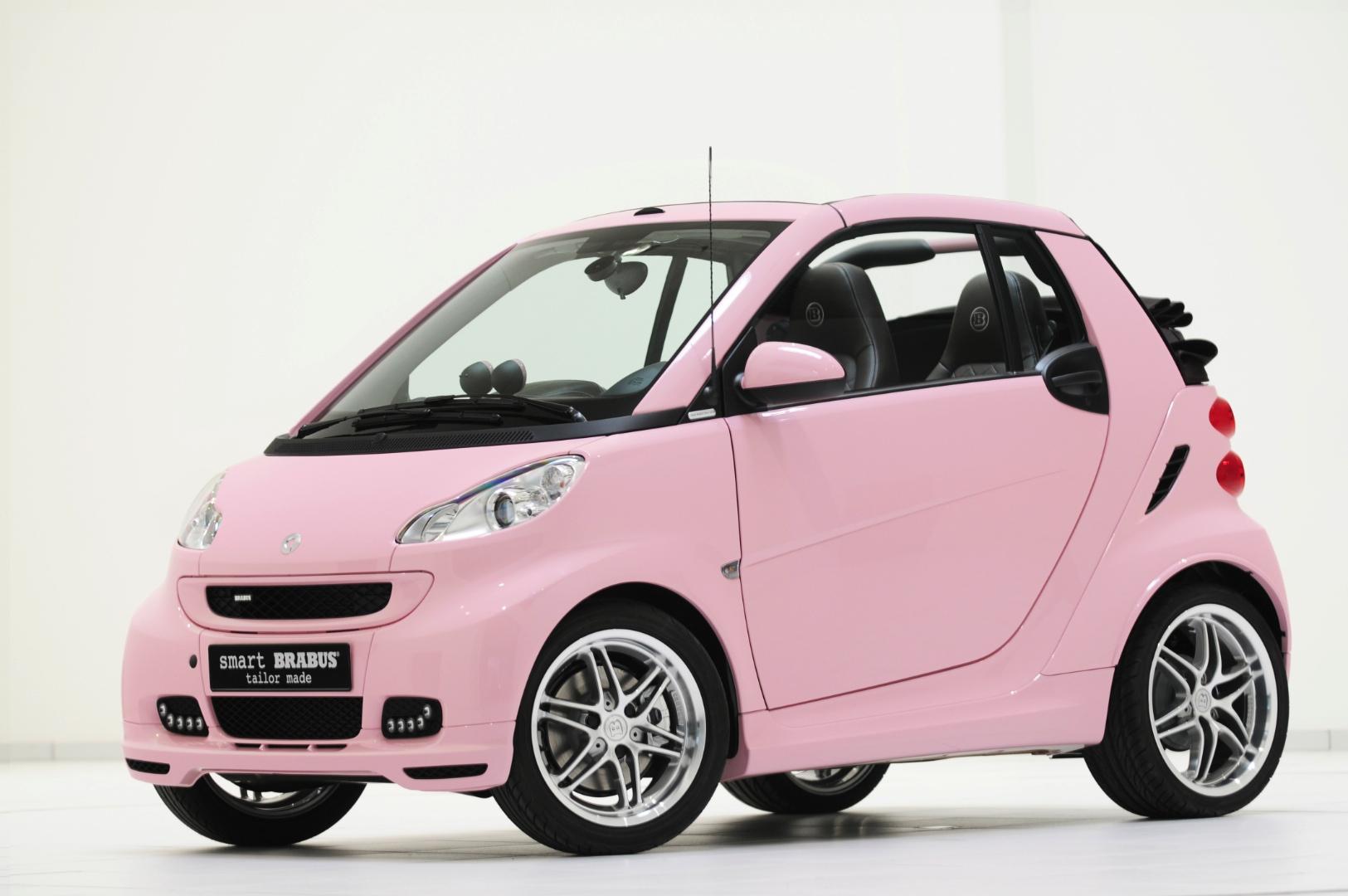 8136477smart-fortwo-wins-most-embarrassing-car-award-64594_1