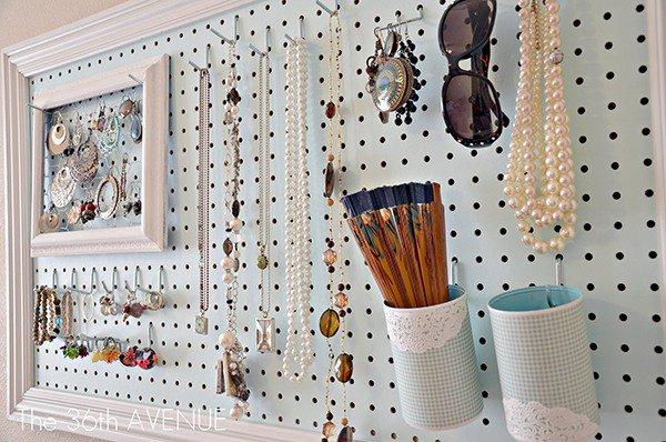 pegboard-utilise-afficher-bijoux-accessoires