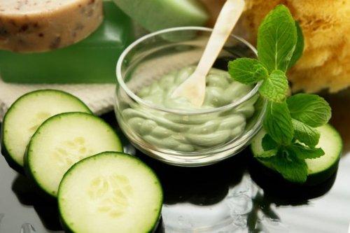masque-visage-pour-acné-concombre-menthe