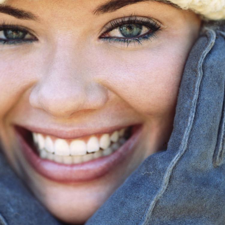 10-astuces-pour-avoir-les-dents-blanches-3264326cunqc