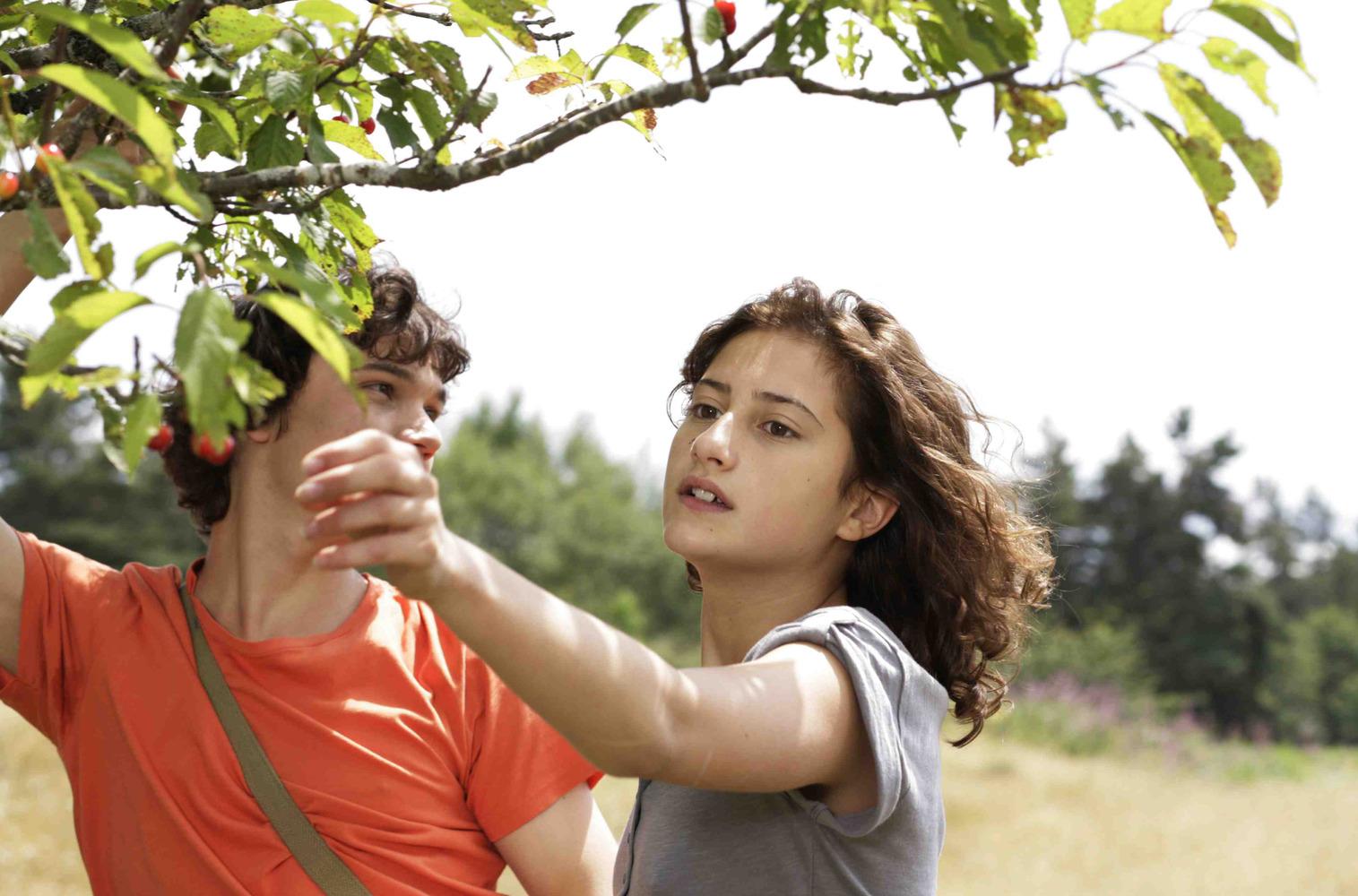 un-amour-de-jeunesse-un-amour-de-jeunesse-06-07-2011-1-g