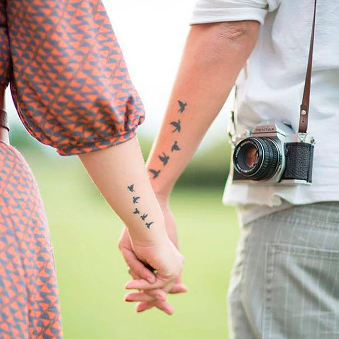 Tatouage-couple-hirondelles